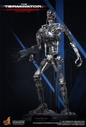 Hot Toys - 1/4 Scale The Terminator - Endoskeleton Collectible Figure