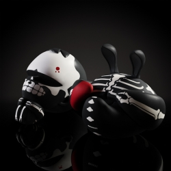 Coarse - oop prey - pain Vinyl Figure
