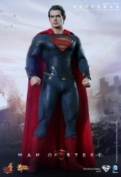 Hot Toys - 1/6 Scale Man of Steel - Superman Collectible Figure