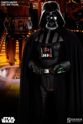 Sideshow - Star Wars Collectibles - Darth Vader Life-Size Figure