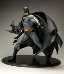 Kotobukiya - ArtFX Batman Black Costume Version