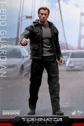 Hot Toys - 1/6 Scale Terminator Genisys - T-800 Guardian Collectible Figure