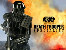 Sideshow - Star Wars Collectibles - Death Trooper Specialist Premium Format Statue