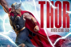 Sideshow - Marvel Collectibles - Thor Statue