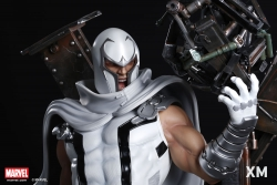 XM Studios - Marvel Comics - Magneto (White.Ver) Premium Collectibles Statue