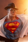 Sideshow - DC Comics - Superman Call to Action Premium Format Statue