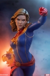 Sideshow - Marvel Collectibles - Captain Marvel Statue