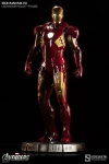 Sideshow - Marvel Comics - Iron Man Mark VII Legendary Scale(TM) Figure