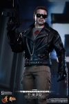 Hot Toys - 1/6 Scale Terminator- T-800 Battle Damaged Version Collectible Figure