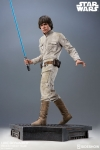 Sideshow - Star Wars Collectibles - Luke Skywalker ESB Premium Format Statue